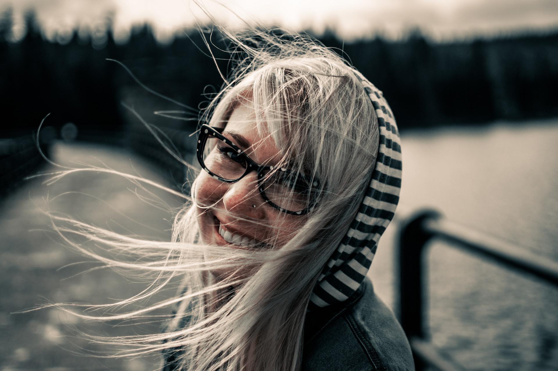 noszenie okularów